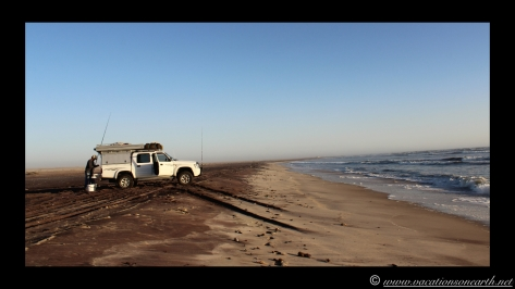 Day 3 - Skeleton Coast fishing, camping in Swakopmund - Namibia 2013 - 22 Sep.051