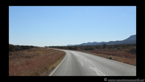 Namibia 2013 - Road trip from Hoba Meteorite, Grootfontein to Weaver's Rock Campsite, 19 Aug.005