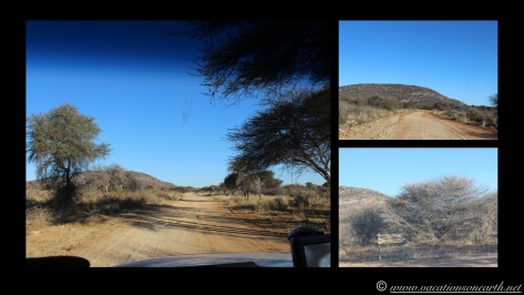 Namibia 2013 - Road trip from Hoba Meteorite, Grootfontein to Weaver's Rock Campsite, 19 Aug.026