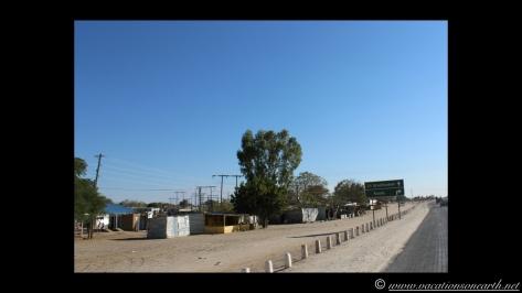 Namibia 2013 - Road trip from Nambwa Camp to Samsitu Riverside Camp, Rundu, 18 Aug.024