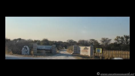 Namibia 2013 - Road trip from Nambwa Camp to Samsitu Riverside Camp, Rundu, 18 Aug.050