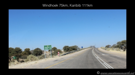 Namibia 2013 - Road trip from Weavers Rock to Okahandja.005