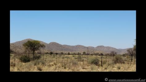 Namibia 2013 - Road trip from Weavers Rock to Okahandja.006