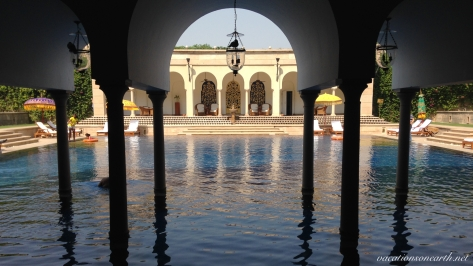 Agra, The Oberoi Amarvilas Hotel.023