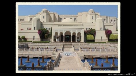 Agra, The Oberoi Amarvilas Hotel.043