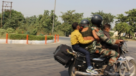 New Delhi to Agra drive.004