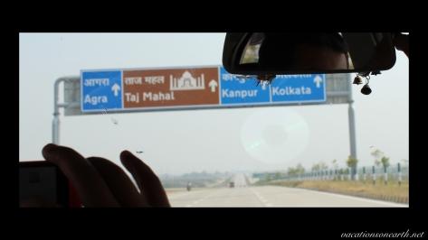 New Delhi to Agra drive.010
