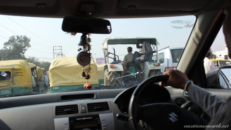 New Delhi to Agra drive.016