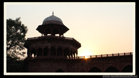 Taj Mahal, Agra, India.030