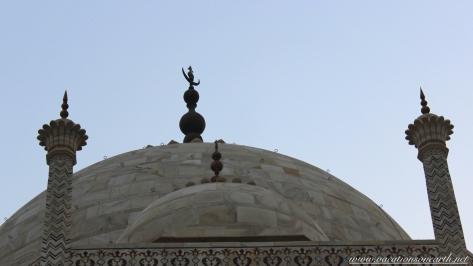Taj Mahal, Agra, India.071