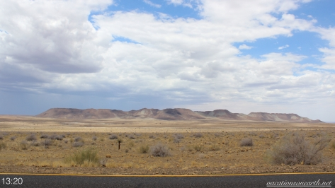 Road from Noordoewer to Keetmanshoop, Namibia, Dec 2015.004