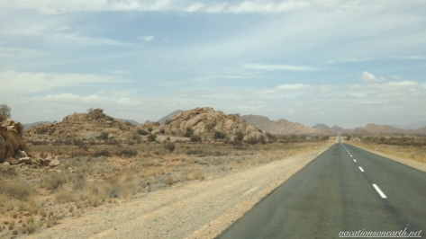 Road from Noordoewer to Keetmanshoop, Namibia, Dec 2015.007