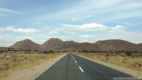 Road from Noordoewer to Keetmanshoop, Namibia, Dec 2015.012